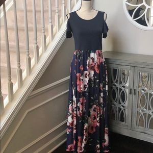 NWT Styleword cold shoulder maxi dress size M